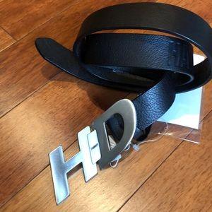 """Men's Harley-Davidson leather belt size 30 -32"""""""